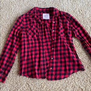 Medium black and red button up flannel